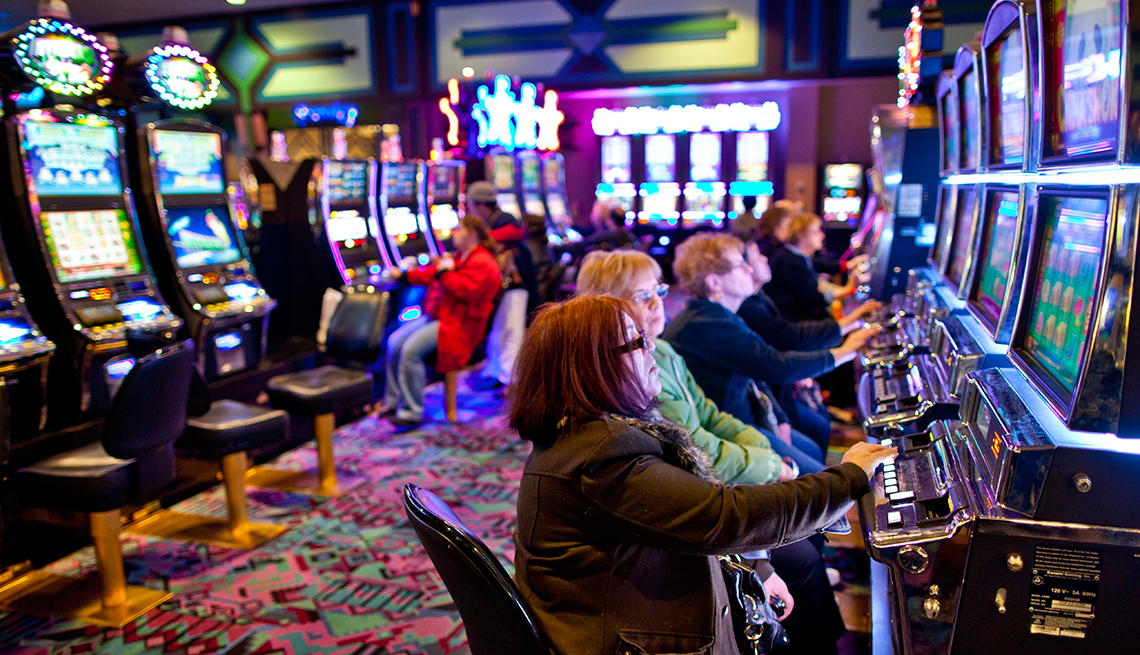 Why is online gambling a better way to gamble?