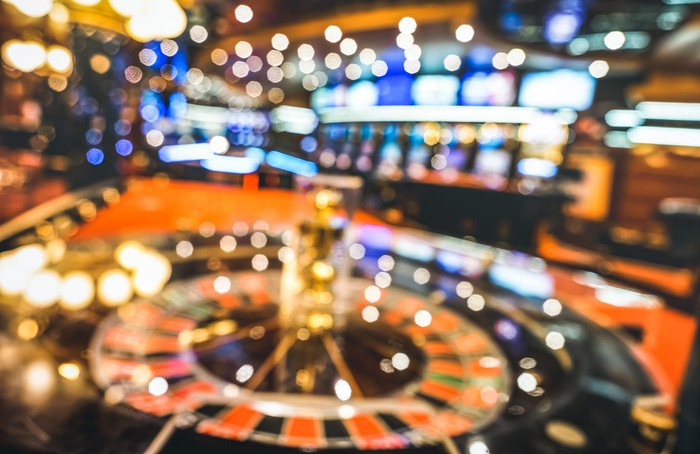 How To Go About Playing Online Casino Games
